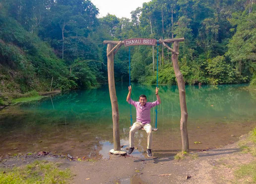 Provinsi Ntb Danau Biru Di Lembah Surga Hutan Lindung Nuraksa